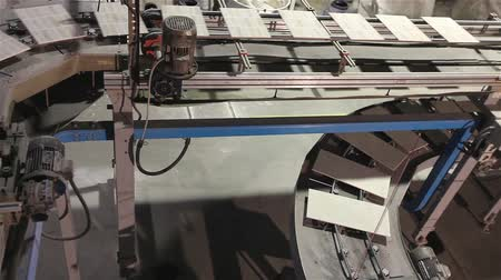 ceramika : Manufacture of ceramic tiles, Automated line for the production of ceramic tiles, Industrial interior, conveyor