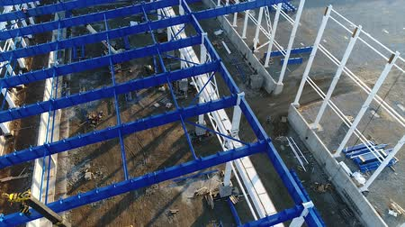 área de trabalho : Plant Construction, Construction of a large factory, Industrial exterior, Construction site, aerial view, metal and concrete structures, construction machinery