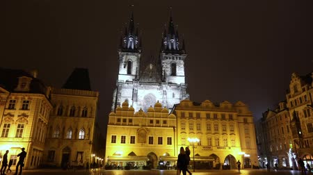 čeština : Night Prague, urban traffic on a night street, people cross the highway, Prague Castle, timelapse, Prague 2017