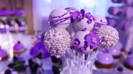 аперитив : Sweets on buffet table, wedding, the table with sweets, dessert buffet, beautiful alcoholic shots