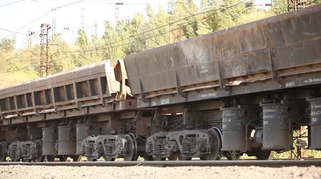 sáně : Freight train, Industrial exterior