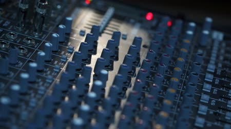 yayın : Sound recording equipment, professional recording equipment, DJ control panel Stok Video
