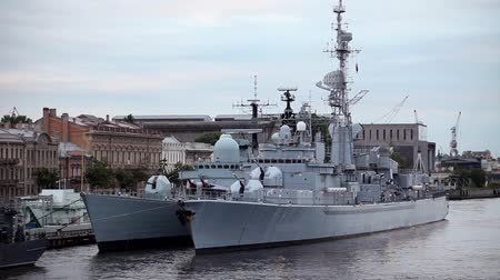 donanma : Warships at the pier in St. Petersburg Stok Video