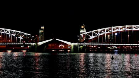 time lapse video  drawbridge at night, St. Petersburg   the Neva River, Peter the Great Bridge