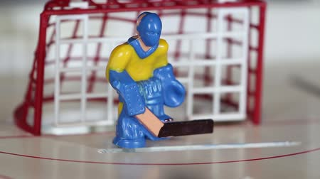 İsveççe : attack ice hockey table game macro shot