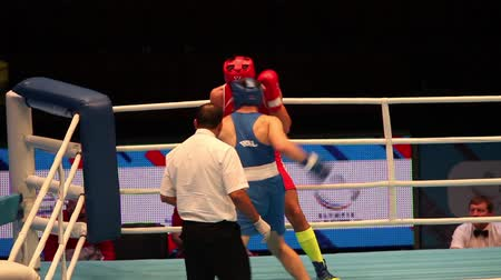 lotyšsko : St. Petersburg, Russia, November 23, 2016 Youth World Boxing Championship men 64 kg  RED - Cangelosi C, Italy: BLUE-Batavins B. Latvia.