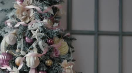 klauzule : Christmas decoration, slowmotion, New Year