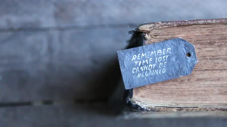 motive etmek : Remember. Time lost cannot be regained. Text and book.