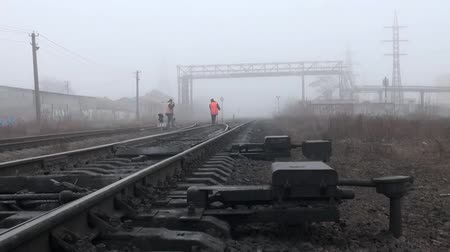 rachotit : Working res train moves on rails paths in fog