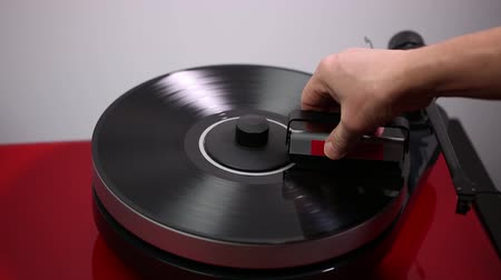 gramophone : Short film showing playing disc.