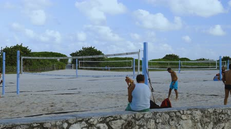 volleyball : People playing beach volleyball. Healthy life style concept. Miami USA 24092019.