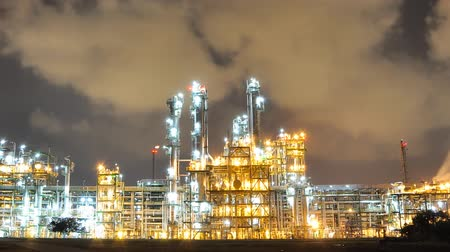 elektrownia : Night scene of oil and chemical plant - Time lapse