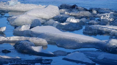 polo nord : Icebergs at ice lake. Ice and Snow Winter Nature Landscape. Ice Lagoon