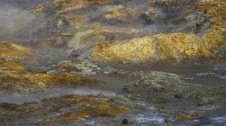 rugók : Geothermal activity, Hot steam erupts from the ground, Iceland, Martian landscape