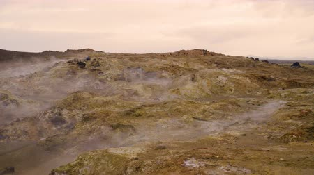 Марс : Martian landscape Geothermal activity, Hot steam erupts from the ground, Iceland,