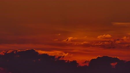 waar : Red sunset sky clouds Timelapse background, Day night Dramatic sunset sky