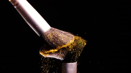 콤팩트 : Gold Colour, Paint Concept, Make up brush with Yellow Powder, Slow Motion