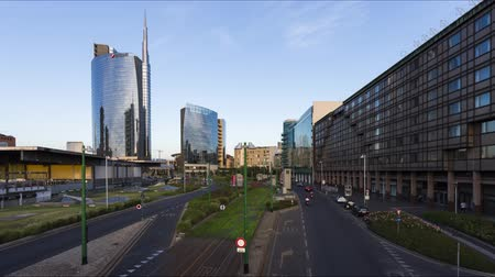 штаб квартира : Garibaldi Porta Nuova is a famous business center in Milan - timelapse 4k