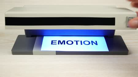 bipolar disorder : The detector with ultraviolet light determines the sincerity of emotion. Stock Footage