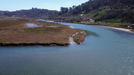 restaurálás : San Diego - San Dieguito River Park - Drone Video  Aerial Video of San Dieguito River Park-Grand Avenue Bridge was slated for demolition as part of the restoration of the San Dieguito Lagoon