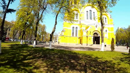 crucifix : Panoramic shooting of the St. Vladimirs Cathedral in Kiev Stock Footage