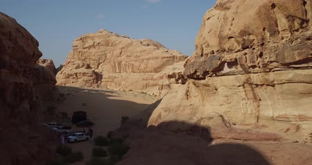 Иордания : Wadi Rum also known as The Valley of the Moon in addition to Petra ancient city in southern  Jordan, has been home to many blockbusters Visual effects (VFX) and Background mattes, like Lawrence of Arabia, Red Planet, Prometheus, Transformers: Revenge of t