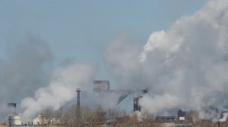 jasně : pipe plant, factory smoke emissions in the sky