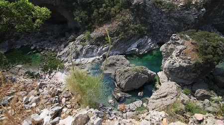 балканский : Moraca Canyon. North of Montenegro. Canyon in the mountains with a mountain river.