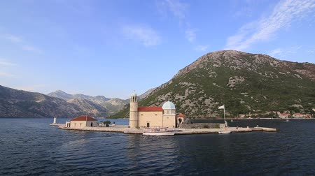 adriático : The island of Gospa od Skrpela, Kotor Bay, Montenegro.