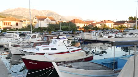 балканский : Boat dock in Montenegro, Budva and Tivat. Стоковые видеозаписи