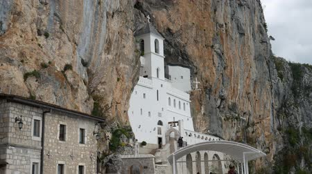 hrobky : Ostrog monastery in Montenegro. The unique monastery in the rock.