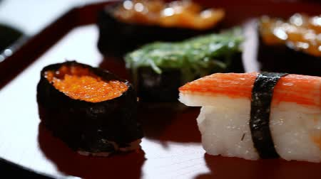 Sushi, Japans traditioneel eten Stockvideo