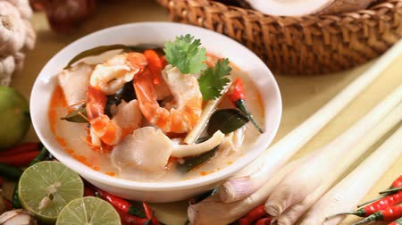 Tom Yum Soup, Thais eten