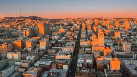 Time lapse of sunrise in San Francisco from night to day 影像素材