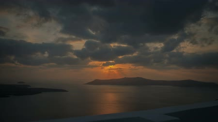řek : Santorini Sunset - A motion control time lapse sunset over the Greek island of Santorini.
