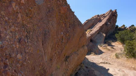 agua : Vasquez Rift - Pan of hot desert terrain on the Pacific Crest Trail. Stock Footage