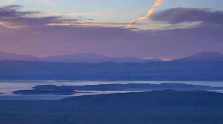 nevada : Mono Dawn - Dawn over Mono Lake in the Sierra Nevada. Stock Footage