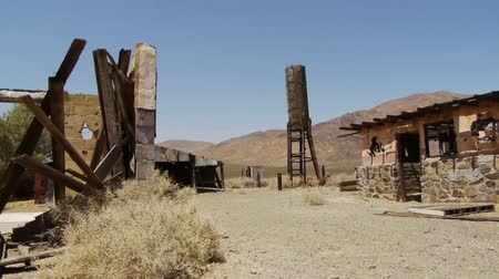 руины : Ghost Town in the Desert
