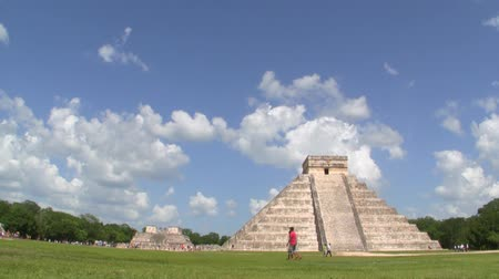 império : Mayan Ruin of Chichen Itza Time Lapse Stock Footage