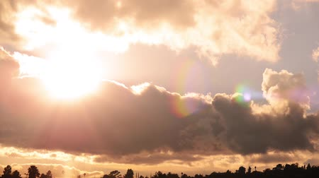 nostalgisch : Heavenly Sunset Cloudscape Timelapse