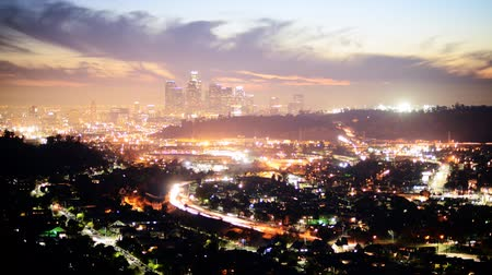 indústria : Downtown Los Angeles Twilight Skyline Time Lapse Tilt Up Stock Footage