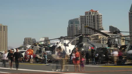 marynarka wojenna : Helicopters at USS Midway Time Lapse