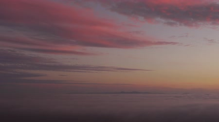 nostalgisch : Sunset Afterglow en Coastal Fog Time Lapse