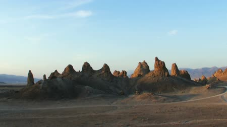 trona : Time Lapse of Sunset at Desert Pinnacles in Trona