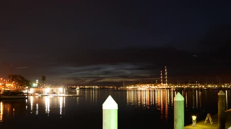 veleiro : Time Lapse of Twilight Harbor in Marina Del Ray Close Up