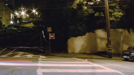 esquerda : Motion Control Pan Time Lapse of Lombard St. Switchbacks in San Fran Pan Left