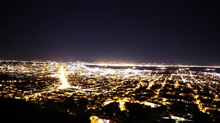 sinema : 4K Motion Control Pan Time Lapse of Bay Area Night Cityscape Tilt Up