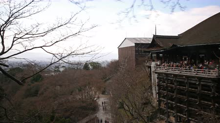 4K Motion controlled pan right time lapse of historic Kiyomizudera Temple in Kyoto, Japan Wideo
