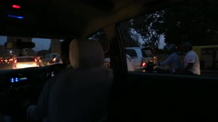 pompki : bangalore road at night Wideo
