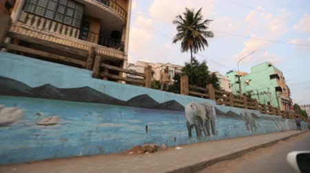 compendium : bangalore road and murals Stock Footage